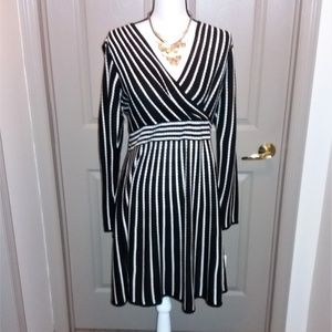 Calvin Klein Dresses - Calvin Klein Light Knit Dress With Tags Large